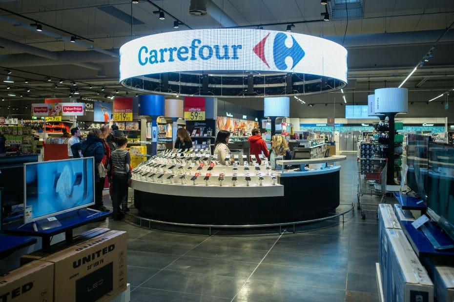 Durant votre entretien dites que Carrefour vend des produis HI TECH